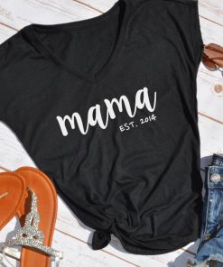TNGU-2D-375850106884 Mama Est. custom mom shirt